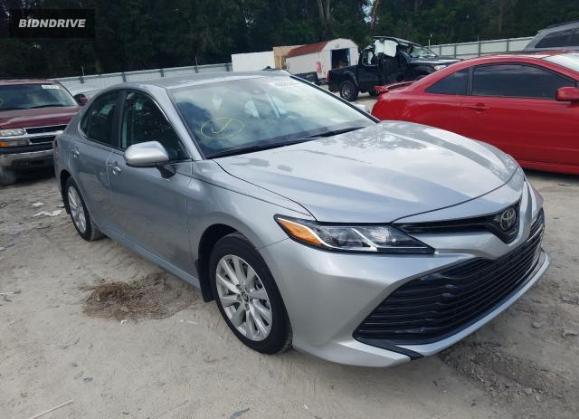Lot #1589077413 2020 TOYOTA CAMRY LE salvage car