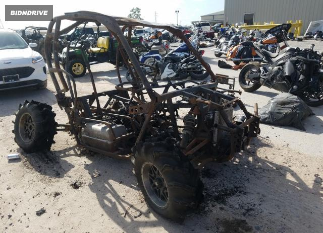 Lot #1602864399 2015 CAN-AM COMMANDER salvage car