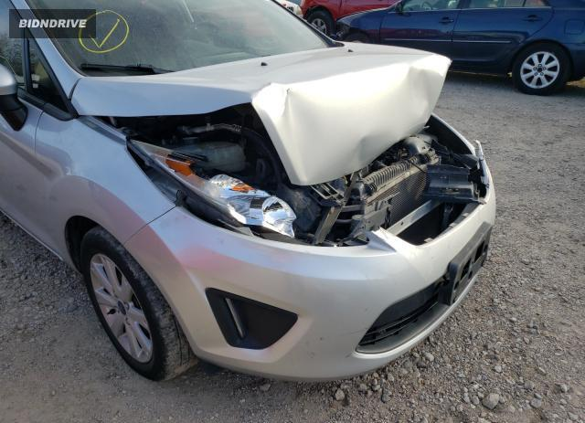 Lot #1633133906 2013 FORD FIESTA SE salvage car