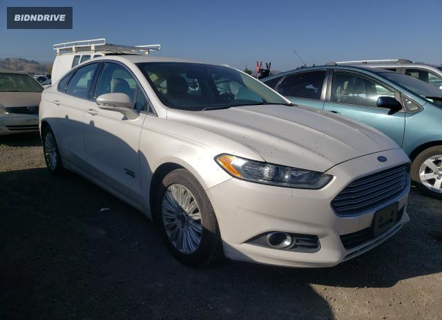 Lot #1635628523 2013 FORD FUSION SE salvage car