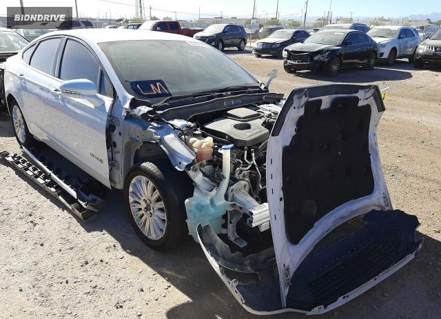 Lot #1636219419 2015 FORD FUSION SE salvage car