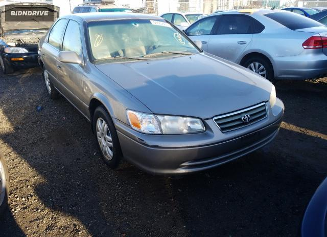 Lot #1636481869 2001 TOYOTA CAMRY salvage car