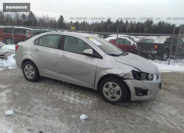 Lot #1637404086 2015 CHEVROLET SONIC LS salvage car