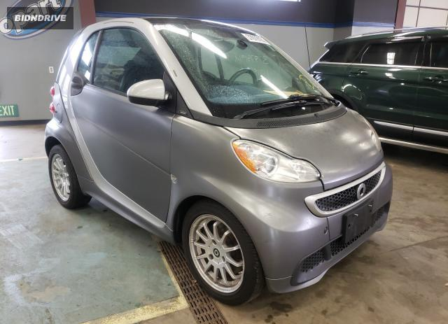 Lot #1674711993 2013 SMART FORTWO PUR salvage car