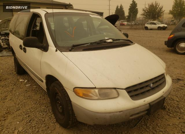 Lot #1676307373 1997 PLYMOUTH VOYAGER salvage car