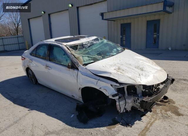 Lot #1680344586 2016 TOYOTA CAMRY LE salvage car