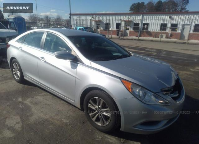 Lot #1681688643 2012 HYUNDAI SONATA GLS salvage car