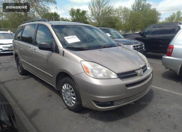 Lot #1694429516 2004 TOYOTA SIENNA CE/LE salvage car