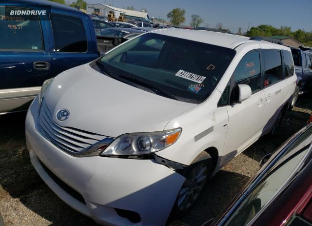 Lot #1711940593 2017 TOYOTA SIENNA LE salvage car