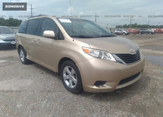 Lot #1714212886 2011 TOYOTA SIENNA LE salvage car