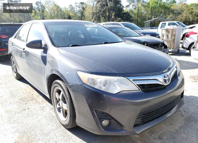 Lot #1723311386 2012 TOYOTA CAMRY BASE salvage car