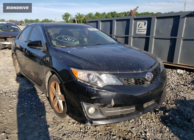 Lot #1723884583 2012 TOYOTA CAMRY BASE salvage car