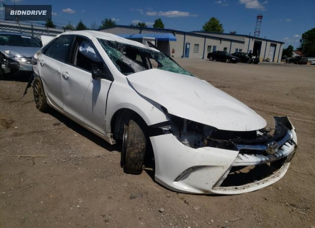Lot #1730906609 2016 TOYOTA CAMRY LE salvage car