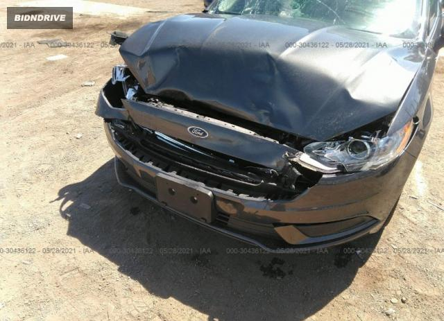 Lot #1762392649 2018 FORD FUSION SE salvage car