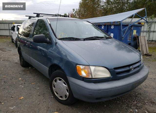 Lot #1776584833 2000 TOYOTA SIENNA LE salvage car